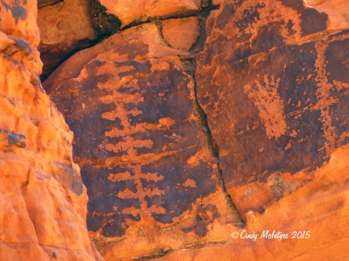 Valley-of-Fire-St-Pk-NV-Petroglyph-trail-(25)-copy