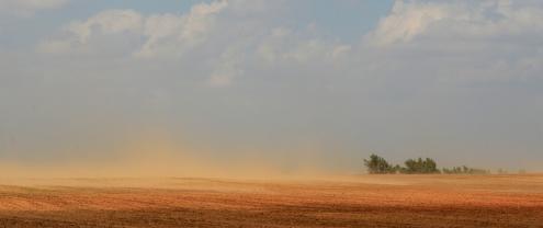 Dust storm near Orienta, Oklahoma